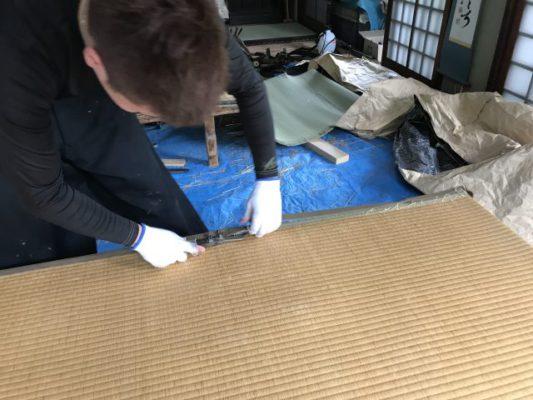 ランハート株式会社・畳・表替・快長院・工具・縁の剥がし方