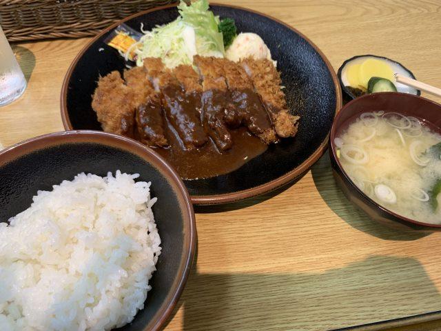 熱海・宝亭・カツ定食・ランチ
